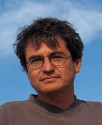 """Carlo Rovelli: """".? Física teórica não fez grande nas últimas décadas Porque Bem, um dos motivos, penso eu, é que ele ficou preso em uma filosofia errada."""""""