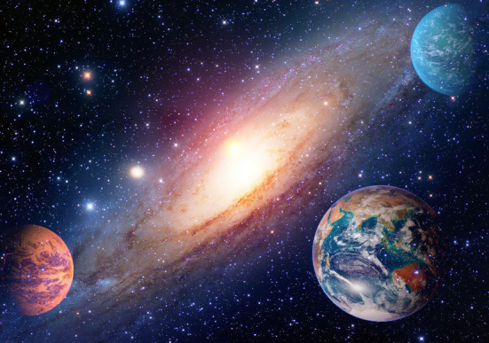 Medindo o escurecimento da luz das estrelas como um planeta cruza o rosto de sua estrela durante a órbita, os cientistas podem recolher uma riqueza de informações, mesmo sem nunca ver esses mundos diretamente. Crédito: elementos desta imagem equipada pela NASA; © nikonomad / Fotolia