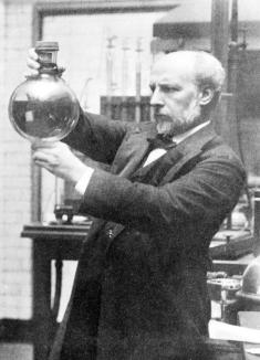 Douglas Dewar (1875–1957)