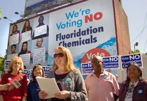 Foto retirada do grupo americano Fluoride Alert em sua campanha contra a fluoretação da água