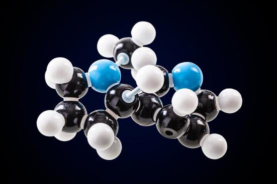 estrutura molecular nicotina. Texas A & M pesquisa mostra como este componente de cigarros pode realmente ser benéfico por si só. Crédito: © Dario Lo Presti / Fotolia