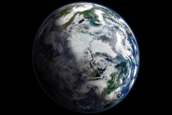 Em 16 de setembro de 2012, a extensão do gelo marinho esarctico atingiu um recorde recorde desde que a monitoração via satélite começou em 1979. Esta visão da Terra, centrada no Ártico, é um mosaico de imagens tiradas em 2 de setembro de 2012 pelos americanos. S Suomi-NPP satélite. Foto cortesia da NASA