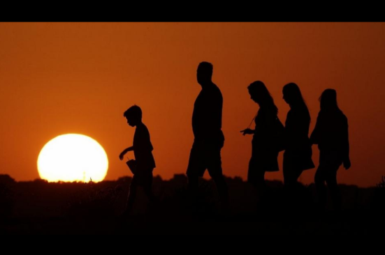 Com 2016 sendo chamado do ano mais quente record, estudos mostram que 97% dos cientistas concordam que humanos são resposáveis pelas mudanças climáticas.